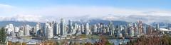 Vancouver Horizon October 15 (quinet) Tags: october 15 horizon vancouver city cityscape urban 15102005onehorizon canada quine