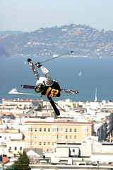 Richardson (Thomas Hawk) Tags: sanfrancisco california city usa ski guy skiing unitedstates 10 unitedstatesofamerica extremesports skijump pacificheights fillmorestreet fillmorest fav10 fillmorestreetskijump