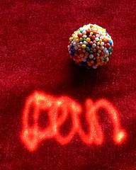 Sweet Laser (Catching Magic) Tags: macro tiraudan laser light digital olympus e300 unmanipulated mc05 mc05negativespace