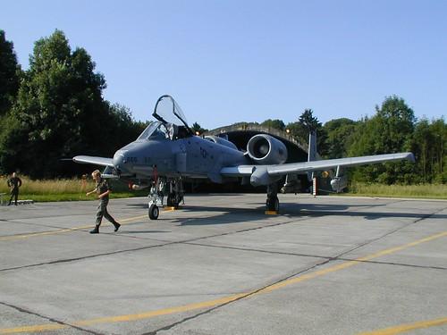 "Fairchild-Republic A-10 Thunderbolt II ""Warthog"" par .ninja06"