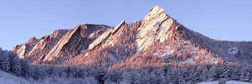 Flatirons, uploaded by Molas