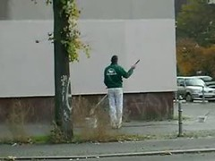 Job mit Zukunft (on Vimeo) (quox | xonb) Tags: berlin kreuzberg germany graffiti vimeo europe wand job farbe streichen zukunft anstreicher