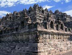 Borobudur, Redux (elbisreverri) Tags: 2004 architecture 510fav indonesia temple java topv555 asia southeastasia stupa buddhism unesco coolpix unescoworldheritage buddhisttemple borobudur rockcarved