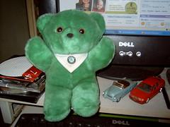 the famous green Skoda Bear (Davydutchy) Tags: bear green felicia texas teddybear skoda octavia škoda singybear thebiggestgroup copyrightdavydutchy
