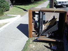 Sidewalk TV (See El Photo) Tags: street 15fav broken trash outside tv furniture sidewalk destroytv basura destroyed 1f faved desperdicios destroyyourtv killyourtv thrownout killtv