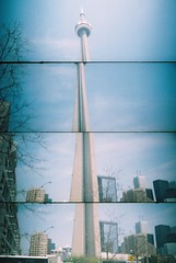 cn tower (sinderin) Tags: toronto canada lomo lomography supersampler cntower