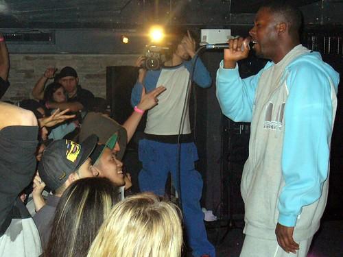 11-22-05 The Genius - GZA @ Crash Mansion (16)