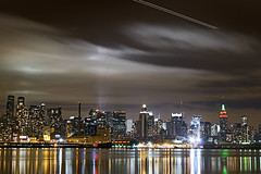 Outra! (!borghetti) Tags: nyc light newyork home topf25 topv2222 night lights manhattan topv1111 midtown topf150 topv3333 topf100 borghetti top50 spectnight