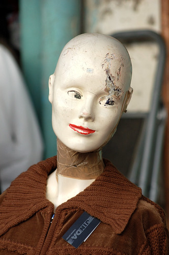 Former crash test dummy seeking for a second chance in a new career... - Photo: Rosino - CC license