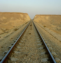 tracks (eyair) Tags: desert tracks railway     greatcrater   ashmashashmash