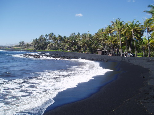 Punalu'u Black Sand Beach by stevecadman, on Flickr