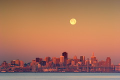 Monday Morning (vonvonvon) Tags: sanfrancisco california sky moon water skyline bay san francisco moonset