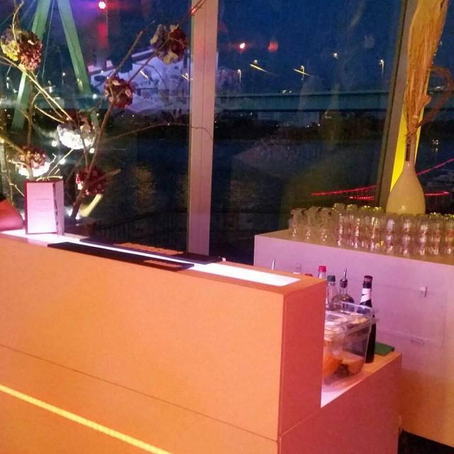 """#HummerCatering #Hochzeit #Cocktail #Cocktailbar #Barkeeper #Catering #Köln #Schokoladenmuseum http://goo.gl/SqzK3x von Hummer Catering auf Flickr.  Folge diesem Link, um dieses Foto anzuzeigen und zu kommentieren: https://flic.kr/p/wt6W9S • <a style=""""font-size:0.8em;"""" href=""""http://www.flickr.com/photos/69233503@N08/19382605534/"""" target=""""_blank"""">View on Flickr</a>"""