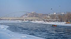 Team Calgary Ice Canoeing (Sherlock77 (James)) Tags: calgary bowriver people canoe ice winter