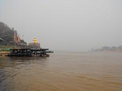 Mekong River, Chiang Rai (leonyaakov) Tags: border triangle thailand laos myanmar mekong river buddha statue shrine buddhism