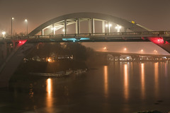 Oregon City Bridge (Curtis Gregory Perry) Tags: oregoncity oregon willamette river night long exposure nikon d810 50mm f12 water reflection bridge fog rain wet dark cold light highway 43 george abernethy interstate 205 natë gau ноч нощ nit noc nat νύχτα notte nakts naktis noite lejl natt ночь éjszaka נאַכט रात 夜 夜晚 đêm gece nag usiku dare bosiu gabii gabi wengi alina malam po