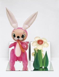 Koons_Inflatable flower & bunny