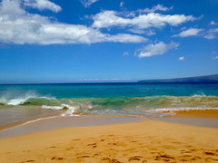 Big Beach (travelontheside) Tags: ocean beach hawaii maui pacificocean aloha wailea makena bigbeach makenastatepark