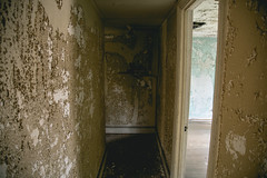 Abandoned Mansion (tommybaboon) Tags: abandoned mansion dilapidated