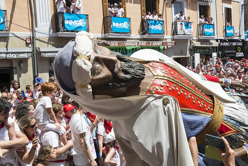 """SAN FERMIN 2015 14 • <a style=""""font-size:0.8em;"""" href=""""http://www.flickr.com/photos/39020941@N05/19686195912/"""" target=""""_blank"""">View on Flickr</a>"""