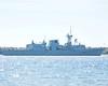 HMCS VILLE DE QUEBEC (Roger Litwiller -Author/Artist) Tags: rogerlitwillercollection hmcsvilledequebec stlawrenceriver frigate cpf
