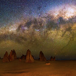Milky Way setting over The Pinnacles Desert, Western Australia thumbnail