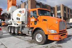 Ferrara Bros College Point (20) (RyanP77) Tags: nyc college boston brooklyn point concrete mix sand mr cement mixer ready trucks local ferrara mack acl gravel kw kenworth autocar mixers teamster freightliner 282 ferrarabros