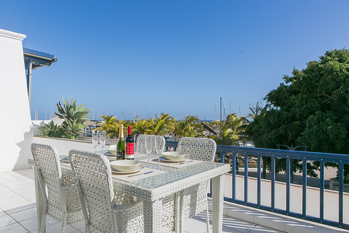 Marina Apt-PuertoCalero-Sun-e Holidays -20- SUNSEEKER