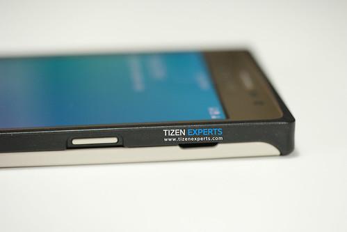 "Samsung-Z3-Developer-Device-TM1-Tizen-Experts-11 • <a style=""font-size:0.8em;"" href=""http://www.flickr.com/photos/108840277@N03/20112088989/"" target=""_blank"">View on Flickr</a>"