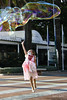 2016 Nerja II-37 (Álvarez Bonilla) Tags: málaga familia otoño vacaciones infancia saltar rosa pompa ilusión childhood jummping pink ilusion pomp