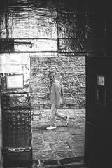 Gotcha (-Makar79-) Tags: 6d canonef50mmf12lusm streetphotography blackandwhite people