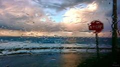 Alguna vez has visto la lluvia... (Leo ☮) Tags: lluvia rain stop cielo nubes mar olas invierno winter february febrero luz light color carretera road ventanilla window gotas raindrops coruña galicia