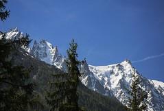 Aiguilles de Chamonix #2. De l'Aiguille de Blaitire  l'Aiguille du Midi. (Claude Jenkins) Tags: nikon glaciers chamonix montblanc aiguilledumidi chamonixvalley d610 aiguilleduplan hautemontagne eperonfrendo aiguilledeblaitire afs2485f35vr