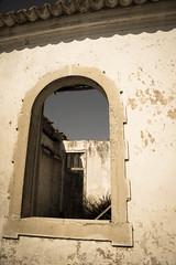 Window (filipe_ana.gomes) Tags: door portugal window casa fenster haus porta janela tr