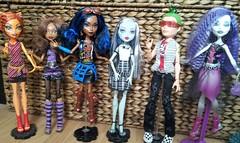 Ghouls Alive (Just a Nobody) Tags: monster toys high model doll boyz super simba girlz mga fashiondoll moxie mattel bratz teenz