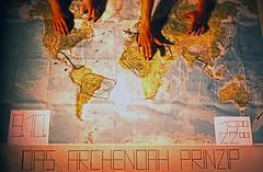 """Filmwerbe-Dia """"Das Arche Noah Prinzip"""" (03) (Rüdiger Stehn) Tags: analog 35mm deutschland europa indoor dia menschen scan 1980s 1985 schleswigholstein norddeutschland mitteleuropa hausderjugend innenaufnahme jugendtreff studioaufnahme studiofotografie analogfilm kronshagen kleinbild minoltasrt100x canoscan8800f kbfilm 1980er jugendtreffaktivität hausderjugendkronshagen filmwerbedia"""