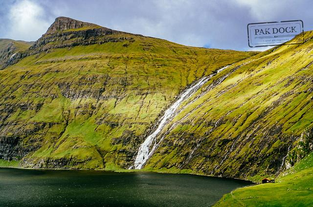 The cabin in Saksun - Faroe Islands