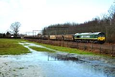 RTB Cargo PB01/V264 met de loodertstrein in Berbroek bij Hasselt.
