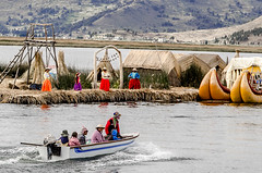 Uros islands. Lake Titicaca, Peru. (ravalli1) Tags: people peru reed uros laketiticaca andes andean incas puno mancocapac nikond5100
