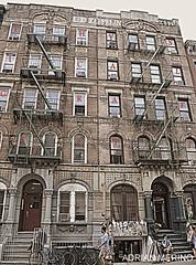 Led Zeppelin (binladiya) Tags: street windows summer music house newyork hot art graffiti design casa calle arte unitedstates manhattan zeppelin july led ventanas musica verano diseo portada physical calor estadosunidos nuevayork