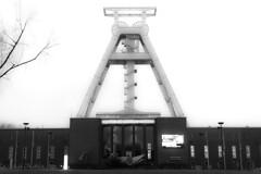 german mining museum (Landesfahrer) Tags: bergbaumuseum bochum förderturm kohle ruhrgebiet industriekultur kunst fotokunst jc nrw