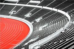 the curve (Bernergieu) Tags: finnland helsinki sport red architecture stadium