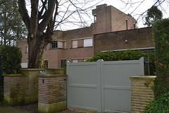 Villa Muller, Sint-Genesius-Rode (Erf-goed.be) Tags: villamuller villa marcelspittael sintgenesiusrode archeonet geotagged geo:lon=43835 geo:lat=50757 vlaamsbrabant