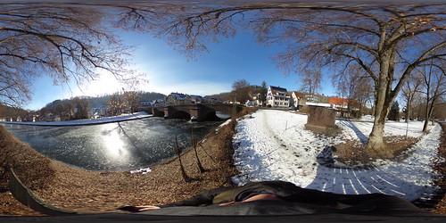 Vereister Neckar