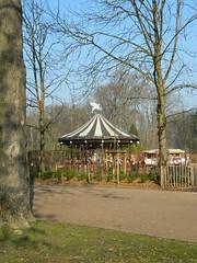 Parc de la Tête d'Or - Lyon (Amarianne) Tags: parc de la tête dor lyon france janvier 2017 golden head winter january carousel