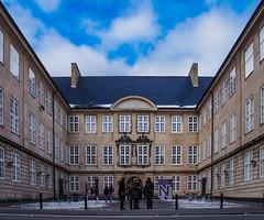 Copenhagen (harri.honkanen) Tags: copenhagen københavn kööpenhamina museum buildings people denmark