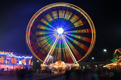 Soest - Allerheiligenkirmes 2016 (Michael.Kemper) Tags: canon eos 6d canoneos6d canonef1635f4lisusm ef 1635 f4l is usm soest deutschland germany nrw nordrheinwestfalen northrhinewestphalia westphalia hellweg hellwegstadt hanse hansestadt town allerheiligen kirmes allerheiligenkirmes 2016 funfair all saint saints day fun fair riesenrad giant ferris big wheel bahnhof bahnhofsplatz station square