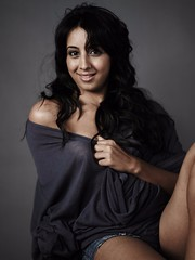 South Actress SANJJANAA Unedited Hot Exclusive Sexy Photos Set-23 (157)