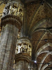 Gothic beauty (SM Tham) Tags: italy milan architecture cathedral piers columns statues ribs marble duomo vaults gothicstyle