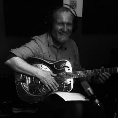 Luzz-Studio (Frizztext) Tags: white selfportrait black guitar dobro guitarist guitarlove frizztext soundcloud